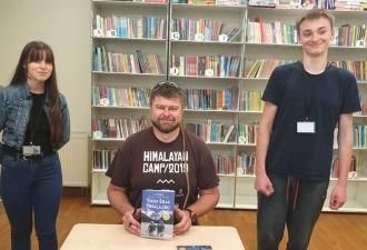 Czytaj więcej o: Spotkanie z podróżnikiem Bartoszem Malinowskim